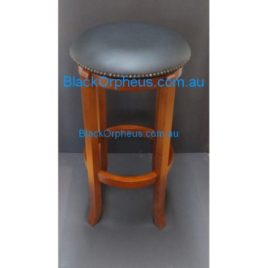 STOOL SWIVEL ROUND TOP STUDDED